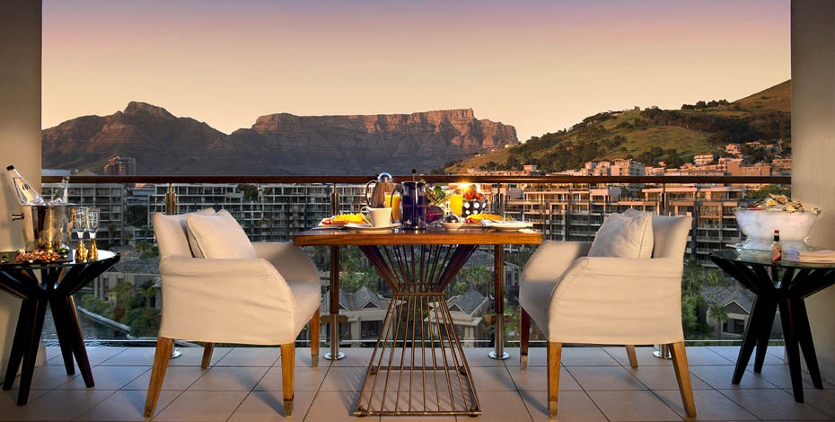 Table Mountain suite private dining