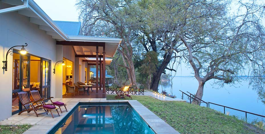 Luxury lodge on the Zambezi River