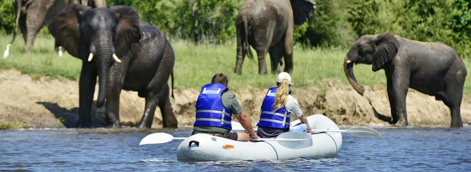 Victoria Falls River Lodge canoe safari