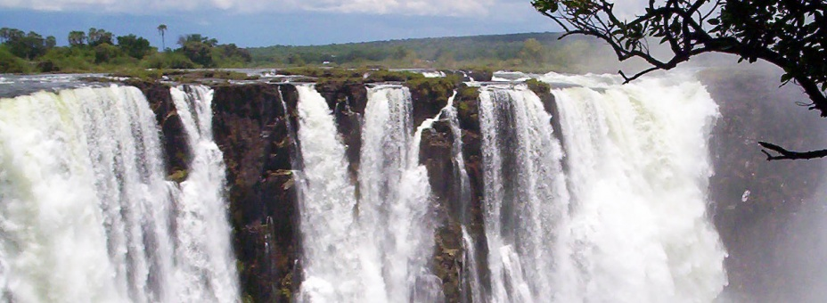The main falls can be seen in Zimbabwe