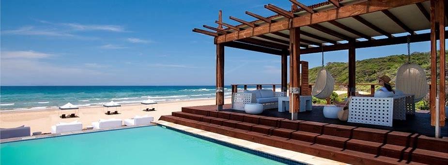 White Pearl pool deck